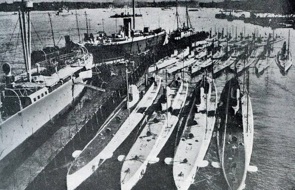 nazi-denizaltileri-4