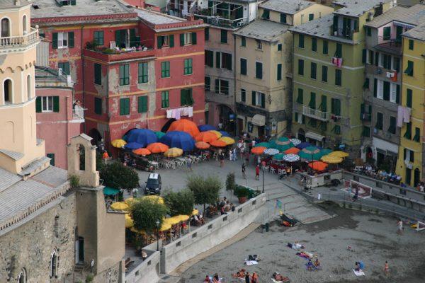 vernezza-travel-square