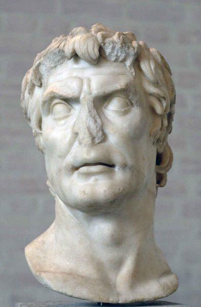 9-Sezar-babasi