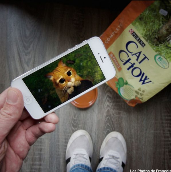 I-Insert-Movie-Scenes-Into-Real-Life-Situations-Using-My-Iphone-58aad726ab245__700