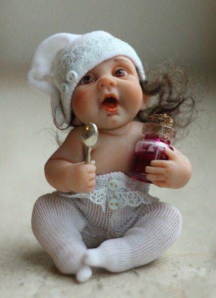 Little-Moms-Sunshine-Perfect-Life-Like-Dolls-By-Elena-Kirilenko-589869e866122__700