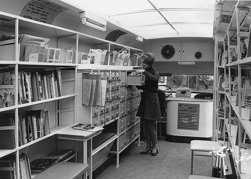 bookmobile-library-on-wheels-20-58982a5e36582__880