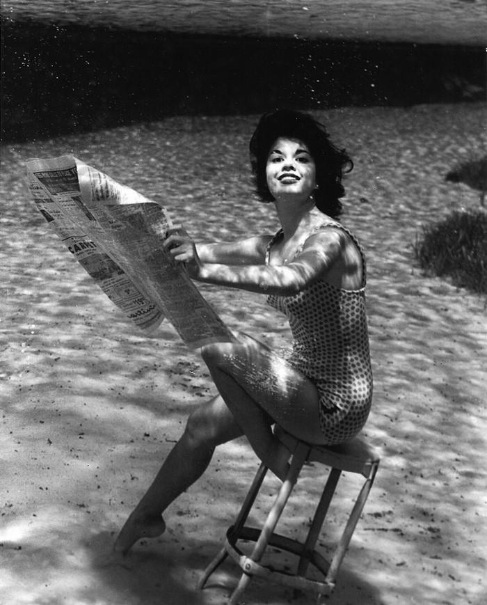 underwater-pinups-photography-1938-bruce-mozert-7-58930ed7cfc25-jpeg__700