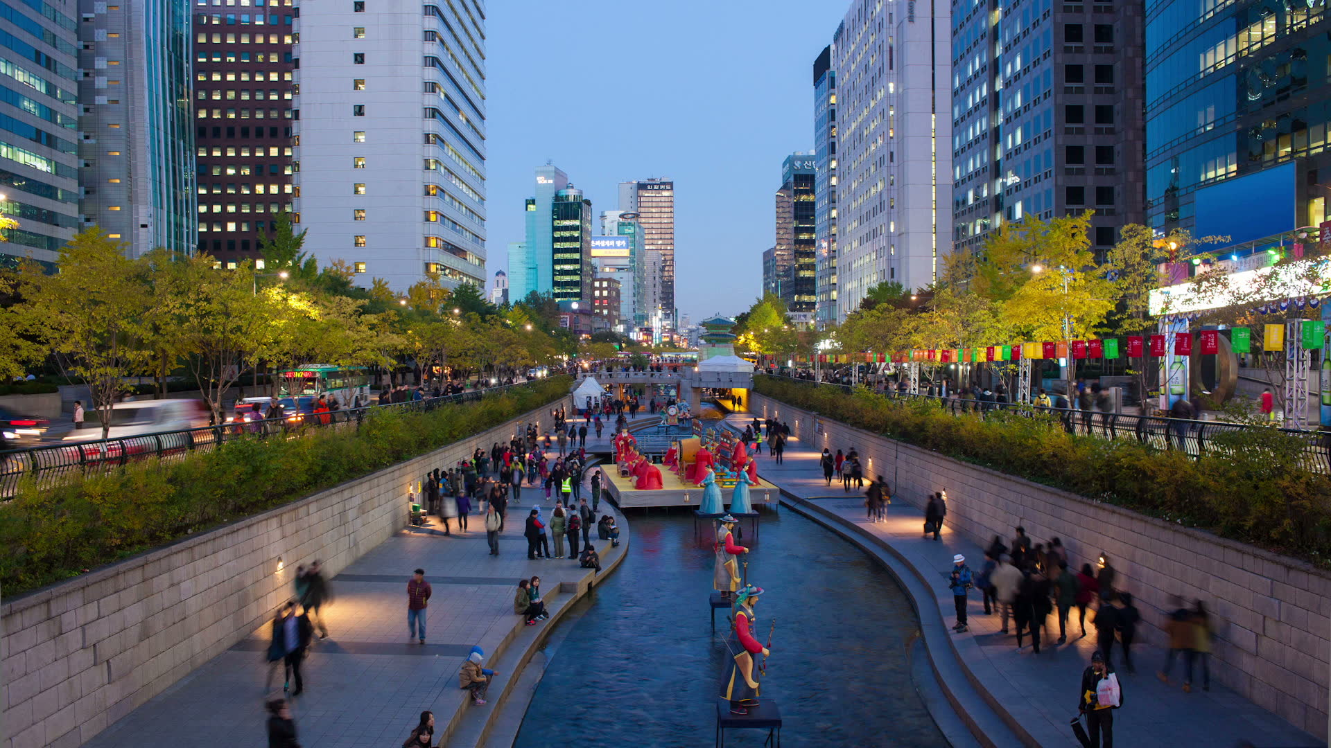 02 Cheonggyecheon