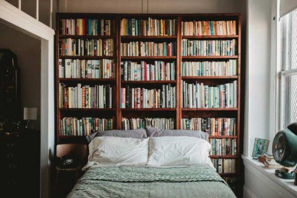 020 yatak odası kitaplık