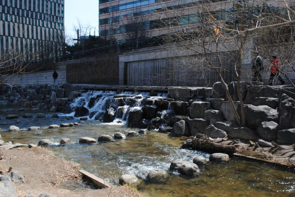 03 Cheonggyecheon