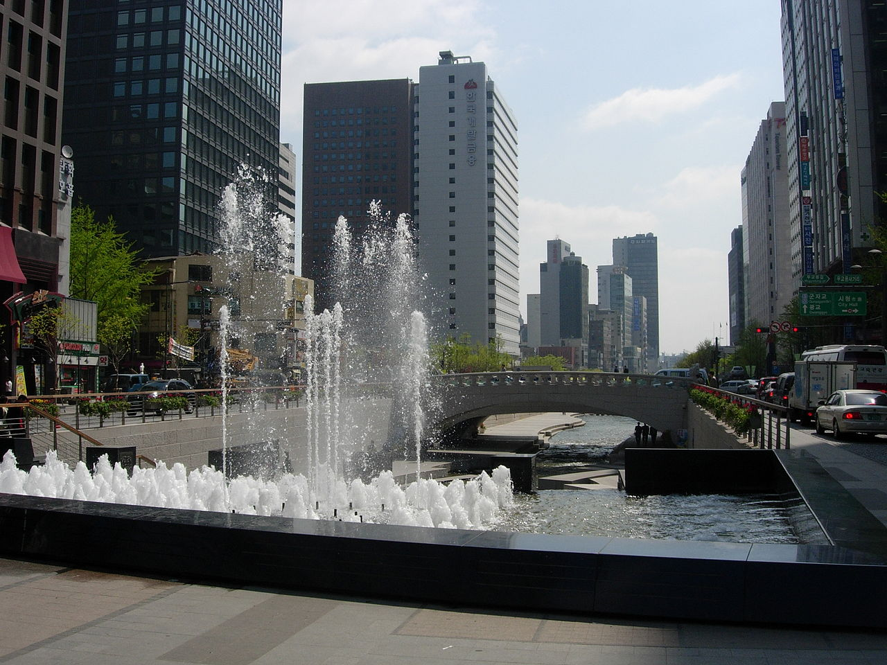030 Cheonggyecheon