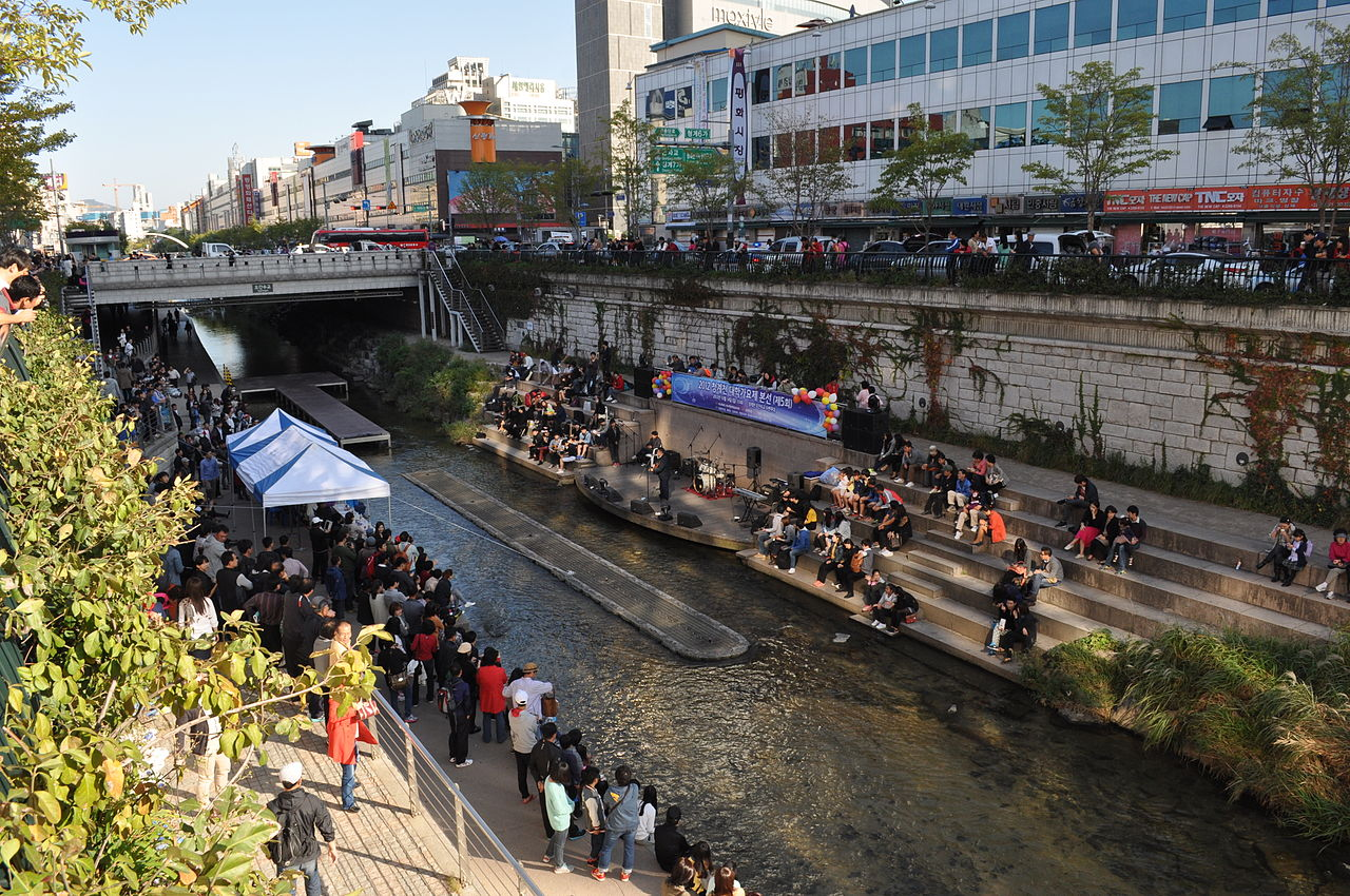 033 Cheonggyecheon