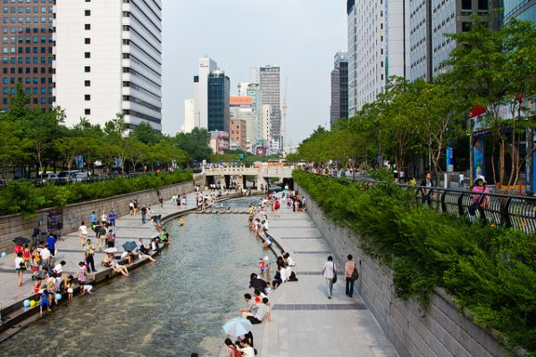 08 Cheonggyecheon