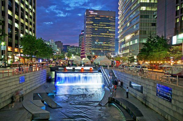 09 Cheonggyecheon