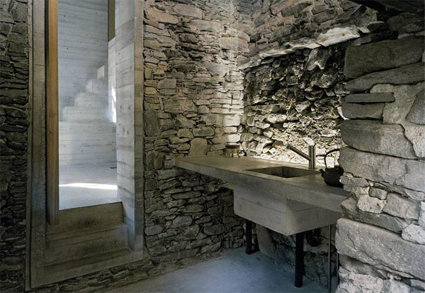 11Linescio, Switzerland