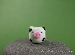 I-make-miniature-minimalist-ceramic-animals-with-a-touch-of-whimsy-and-individual-personalities-58d22864ca03e__880