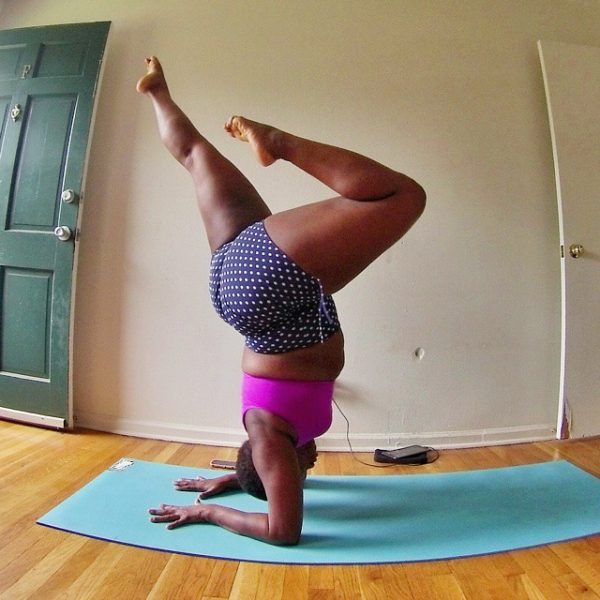 plus-sized-yoga-jessamyn-stanley-5
