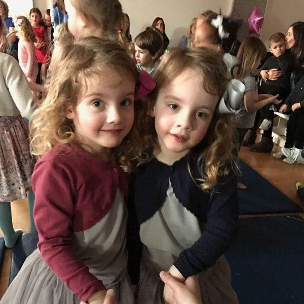 twins-girls-freak-out-hotel-guest-poppy-isabella-5