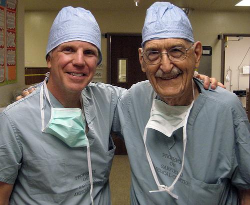 103-yasinda-ameliyat