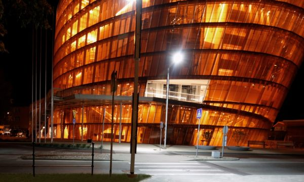 Great-Amber-Hall-Exterior-Night-Volker-Giencke-©-Indrikis-Sturmanis-1020x610