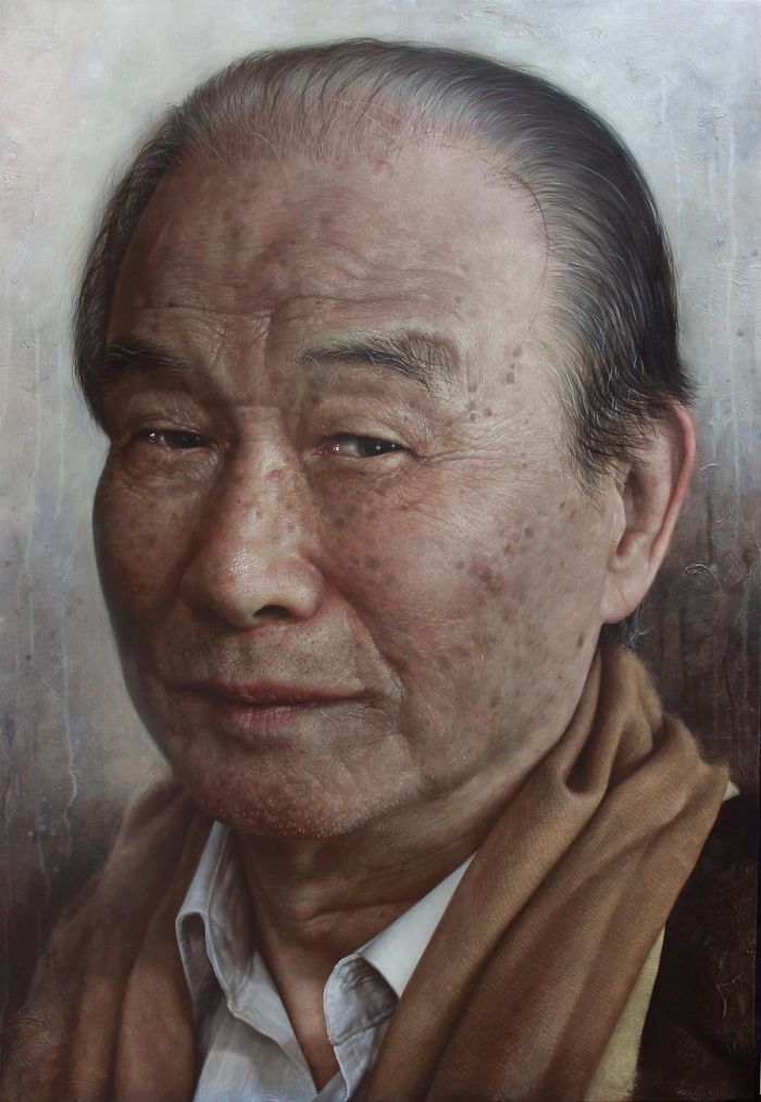 Incredible-artist-portraits-that-are-so-lifelike-they-look-more-like-photographs-than-paintings-58fbb4ab77b1d__700