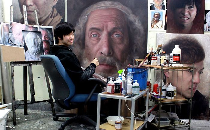 Incredible-artist-portraits-that-are-so-lifelike-they-look-more-like-photographs-than-paintings-58fbb73aae84a__700