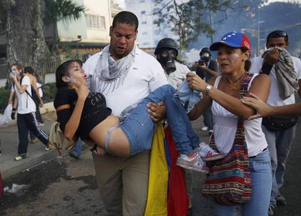 VEN15_VENEZUELA_PROTEST