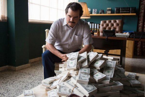 Pablo Escobar Narcos Dizisi