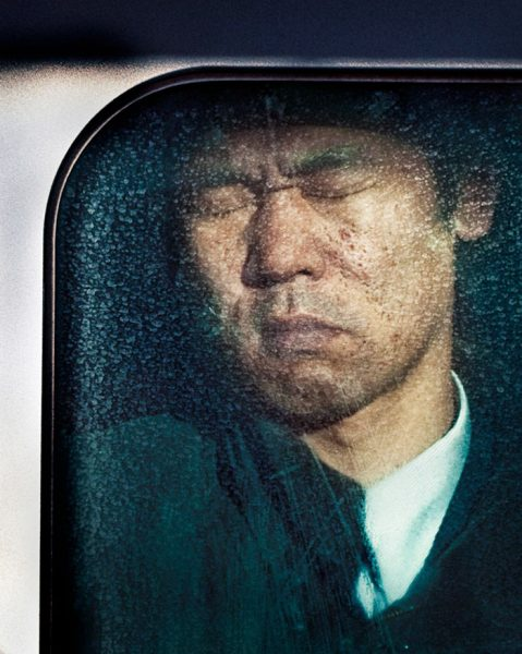 photography-tokyo-compression-michael-wolf-japan-24-58e23f2708286__700