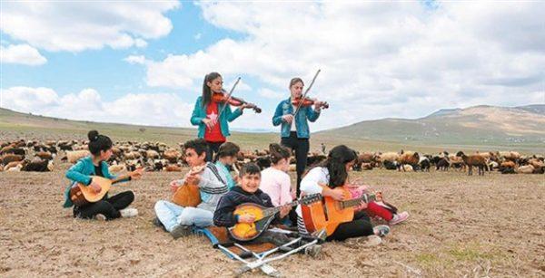 varto-nun-cocuk-orkestrasi-destek-bulursa-sahneye-cikacak-278070-5