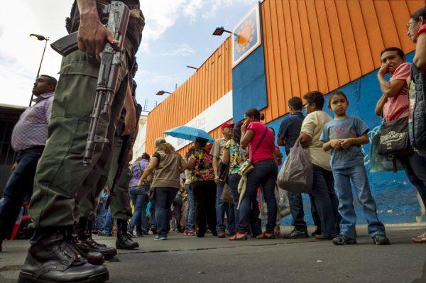 venezuela-economy_custom-a3078577608eddae772c753d147f882062a5242c-s900-c85