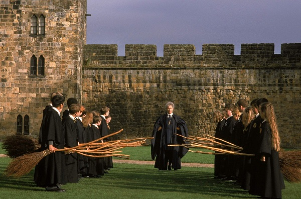 11-locations-used-in-the-harry-potter-films-you-should-visit-with-your-flying-enchanted-ca-417935