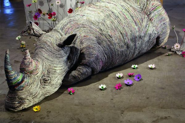 11_rolled-newspaper-animal-sculptures-paper-trails-chie-hitotsuyama-14