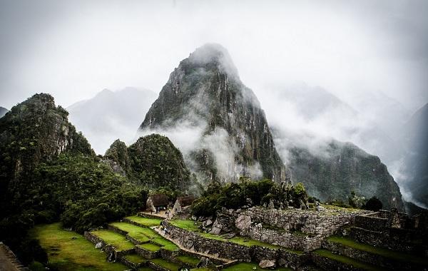 3Machu-Picchu-Short-Inca-Trail-Day-2-5