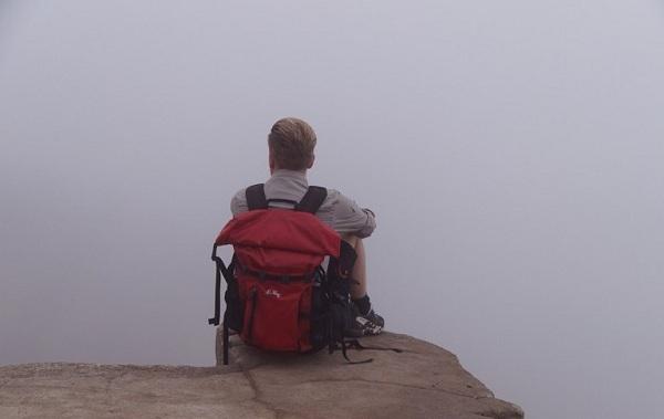 4machu-picchu-hidden-in-fog