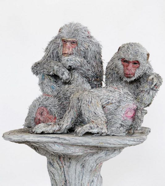 8_rolled-newspaper-animal-sculptures-paper-trails-chie-hitotsuyama-11