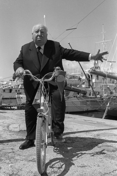 Alfred-Hitchcock-hitched-ride-bicycle-1972