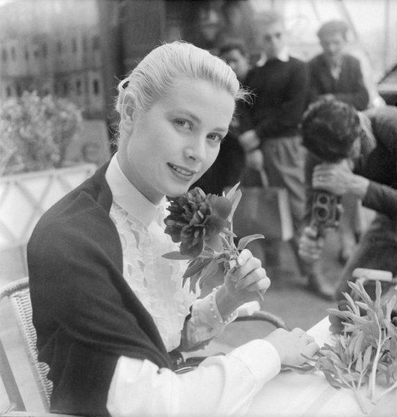 Grace-Kelly-attended-film-festival-1955