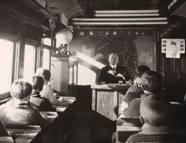 Tren-içerisinde-bulunan-sınıf-Kanada-1932