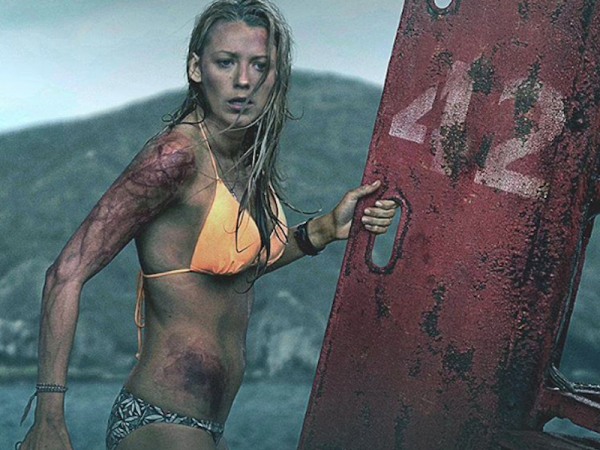 blake-lively-uses-swimming-and-kettle-bells-to-stay-in-amazing-shape.jpg