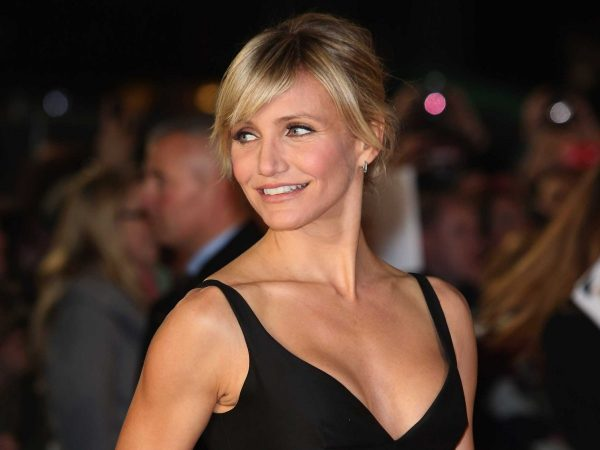 cameron-diaz-uses-intervals-to-sweat-like-a-fire-hydrant-that-just-got-busted-open