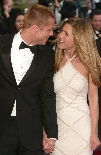 -couple-Brad-Pitt-Jennifer-Aniston-beamed-red-carpet