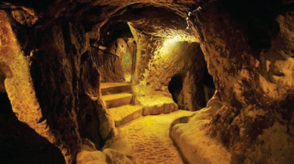 12000-Year-Old-Massive-Underground-Tunnels-sa2342