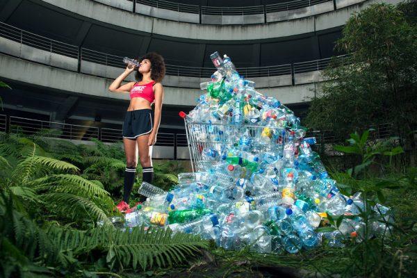 4-years-trash-365-unpacked-photographer-antoine-repesse-1-594910c011009__880