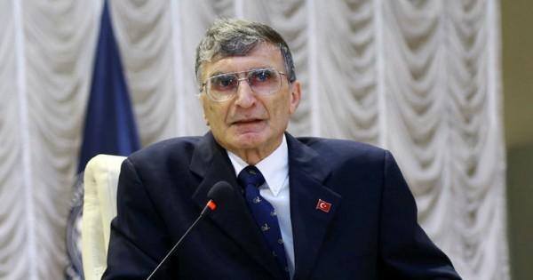 752x395-nobel-odullu-prof-dr-sancar-azerbaycanda-ogrencilerle-bir-araya-geldi-1497455604974
