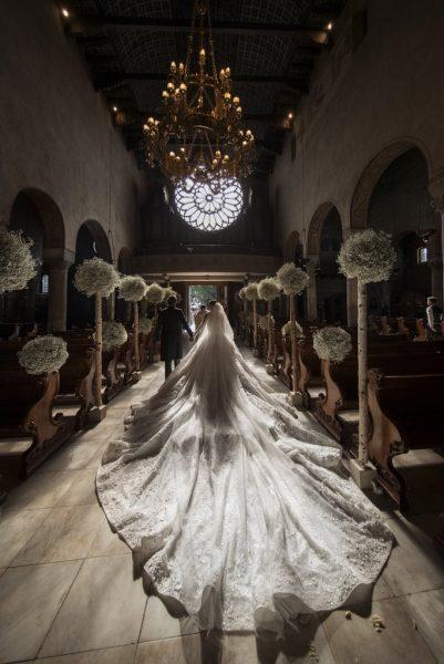 Bride-Styled-Her-Wedding-Dress-26-Foot-Long-Veil