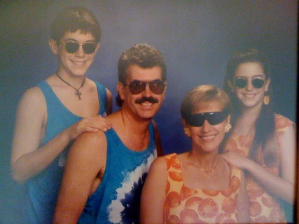 Coolest Family Photo Ever Taken (1)