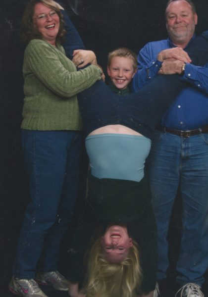 Coolest Family Photo Ever Taken (9)