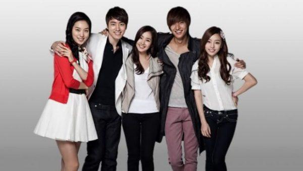Siti-Hyunteo-1
