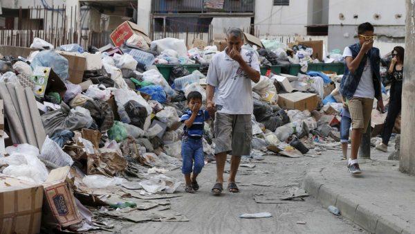 beirut-garbage-crisis-stinks