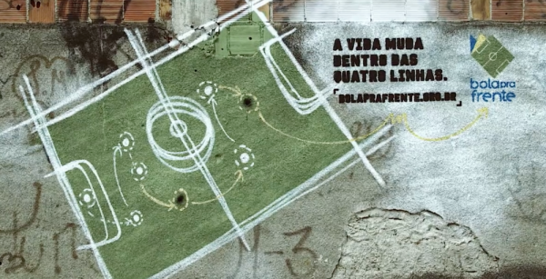 brezilya-futbol-okulu-saha-3