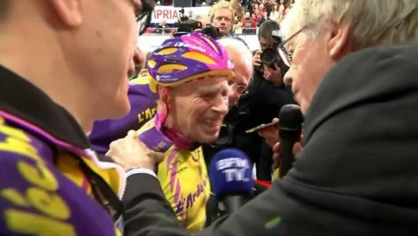 robert-marchand-after-setting-105-age-group-hour-record-source-bfm-tv-twitter