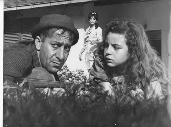 sami-hazinses-zeynep-degirmencioglu-ve-colpan-ilhan-sokak-kizi-filminde-1966-sokakkizi-1