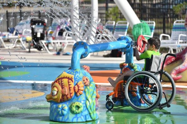 water-park-people-disabilities-morgans-inspiration-island-11-59477854c28d9__700